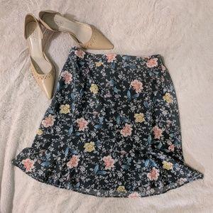 NWT Loft Floral Vine Flippy Skirt